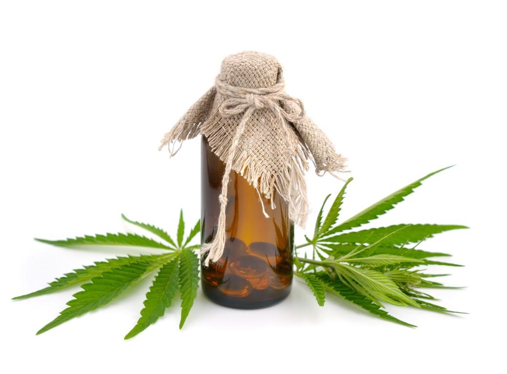 soin avec l'huile de chanvre et l'huile de germe de blé